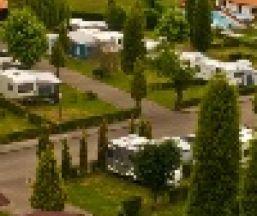 Que admiten mascotas en llanes y alrededores asturias for Camping en llanes con piscina